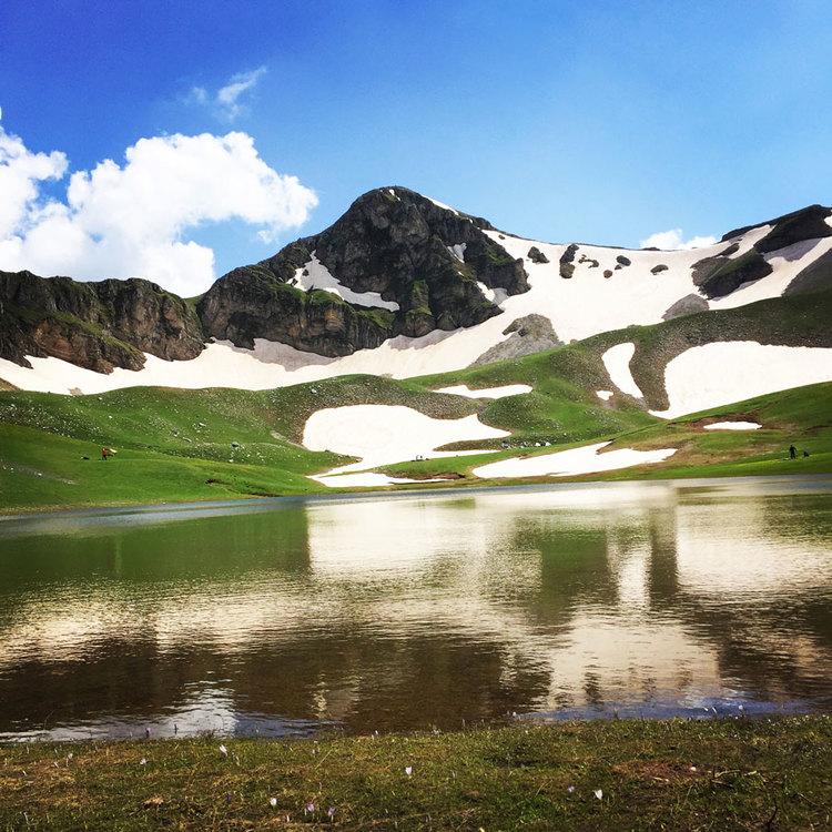 Verliga alpine lake - Wild camping on Greece's secret paradise