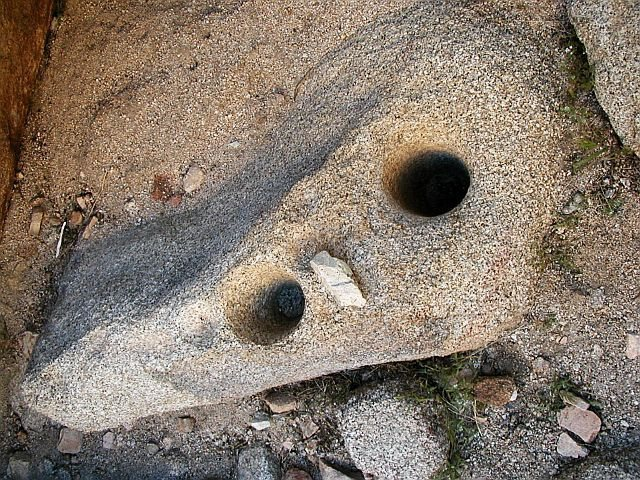 Chemehuevi grinding holes, Joshua Tree NP