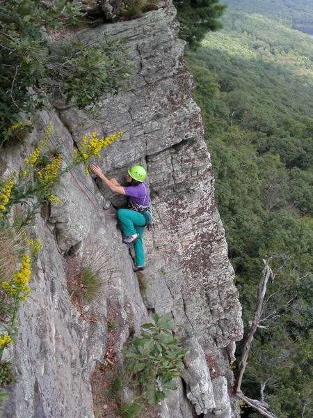 Jean Aschenbrenner on the second pitch of Maria, another great Gunks 5.6.