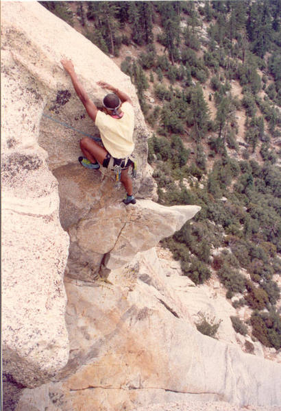 Tony Tennessee on the True Horn at the crux. (c) Chris Owen 1989.