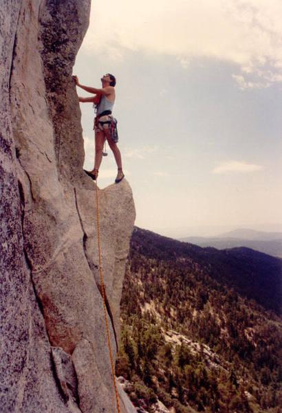 Chris Owen posing on the Traitor Horn (c) Mark Goss 1989