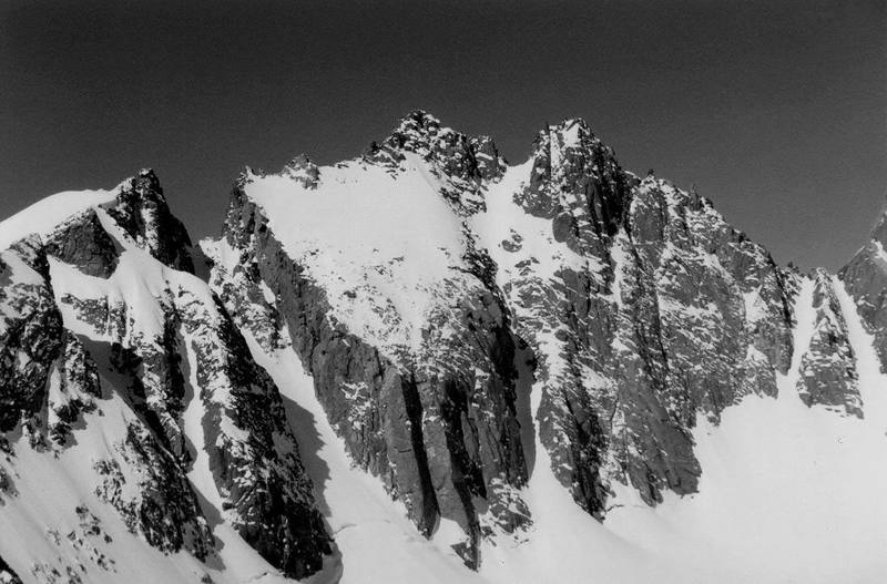 North Palisade from Mount Gayley - U-Notch Couloir is obvious on the left.