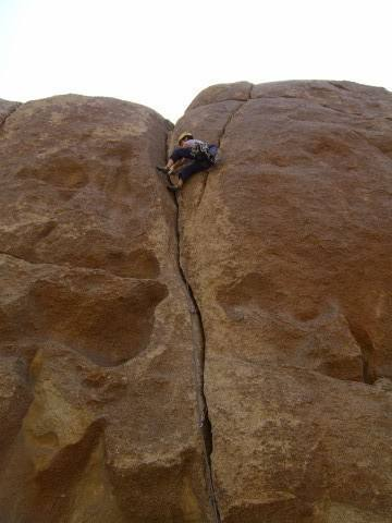 Laybacking near the top of Crack #5.