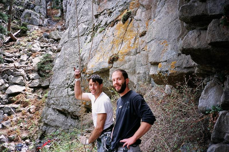 Tony Bubb (L) and Alan Doak (R) in Boulder Canyon. Image by Racheal Rice, 2005.