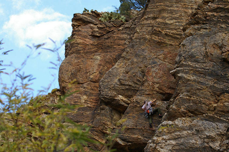 Anna partway through the traverse on Lazy S. PHOTO BY HILLARY DAVIS.