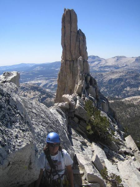 The notch between Eichorn Pinnacle and the summit.