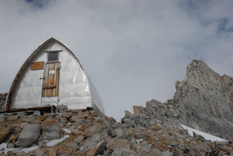 The beloved Plummer Hut, where we spent 5 out of our 9 days in the range in inactivity.  Hurray for Ayn Rand...