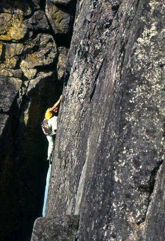 Climbing on Castle Rock 1978.<br> Photo by Blitzo.