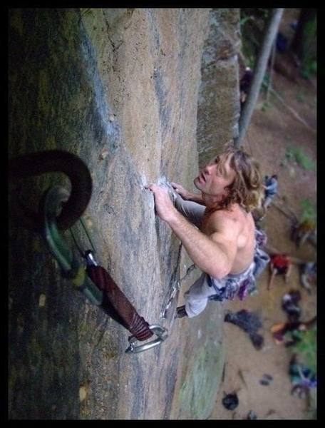 Scabies (5.9+) at Pebble Beach in the Red River Gorge.  Photo by Kelsey Gray.
