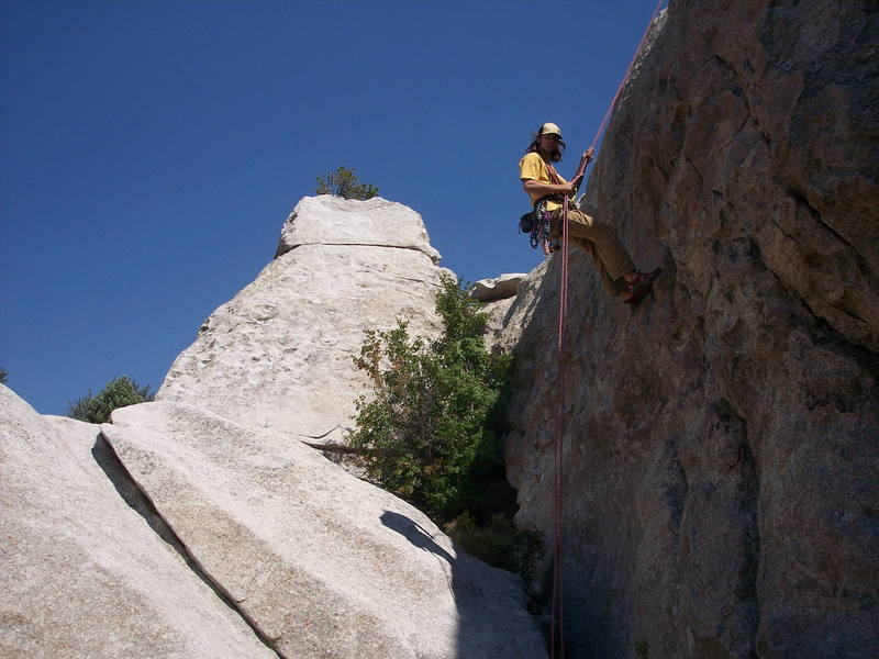 icsteveoh rapping down the 8's on practice rock, fun route to place mock trad gear too