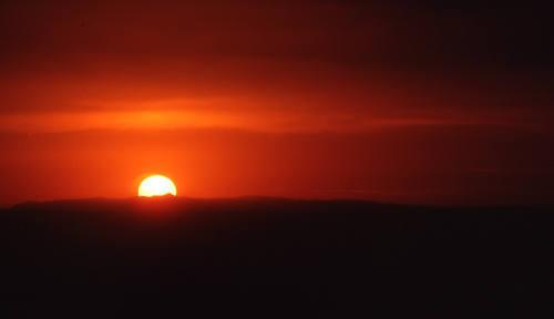 Arizona sunset.<br> Photo by Blitzo.
