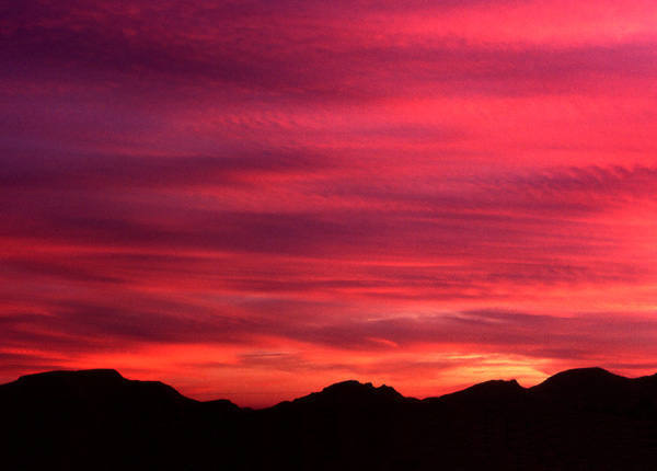 Another Nevada sunset.<br> Photo by Blitzo.