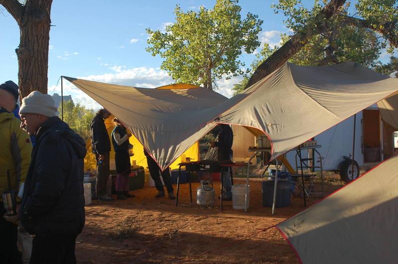 Montrail Splitter Camp. Oct 7-9 2006.<br> Indian Creek, Utah