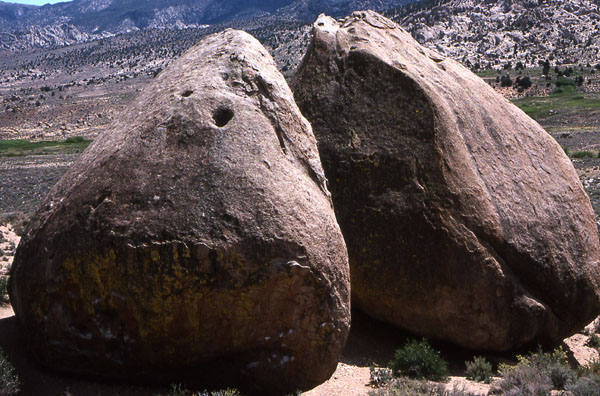 Peabody Boulders.<br> Photo by Blitzo.