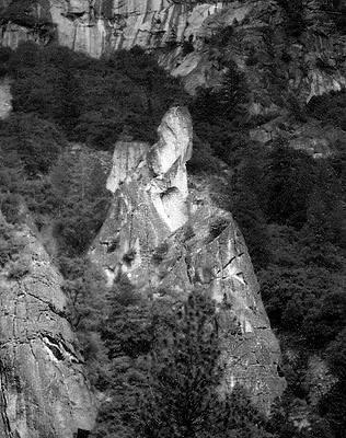 Split Pinnacle.<br> Photo by Blitzo.