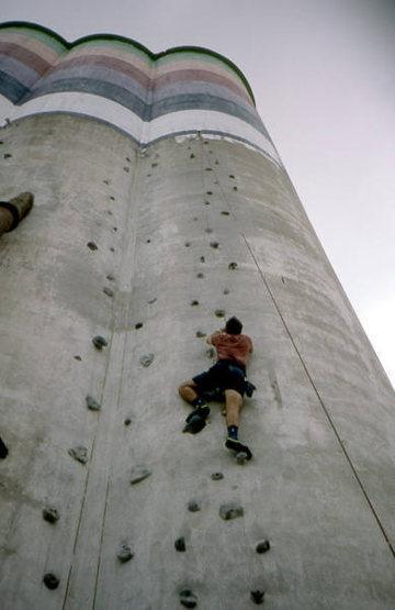 Silo climbing near Dallas.<br> Photo by Todd Gordon.