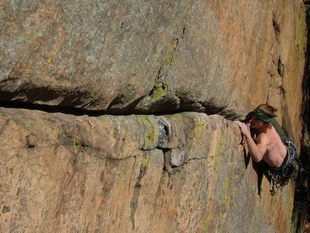 The business on Y-Crack Left : 5.10b/c