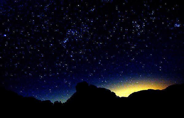 Night Sky.<br> Photo by Blitzo.