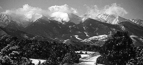 Colorado high peaks-Winter.<br> Photo by Blitzo.