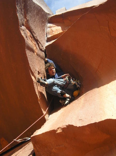 Dominik Franz enjoying good rest on a hand jam mid way up the route before the main business starts