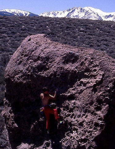 Bouldering at The Chesnuski Boulders.<br> photo by Blitzo.