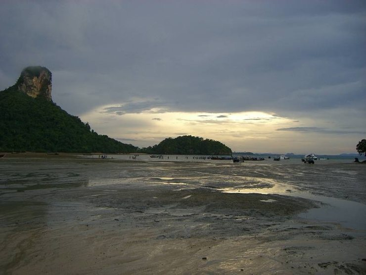 East Railay at low tide