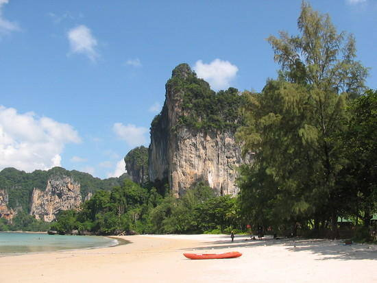 The north half of Railay West looking towards the jungle trail and Tonsai