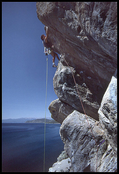 Jay Smith on an unnamed first ascent at Cave Rock, Nevada.<br> Photo by Blitzo.