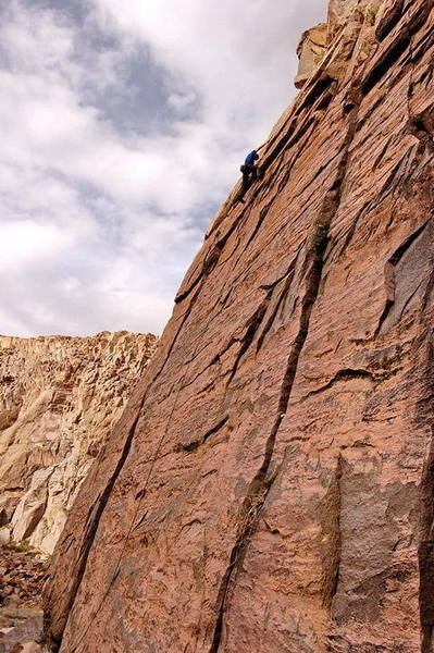Topping out on Scalded By Spivey, Owens River Gorge