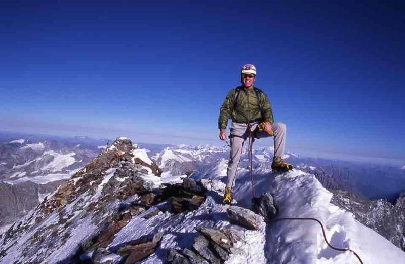 Matterhorn summit photo w/ a view north.  September 2003