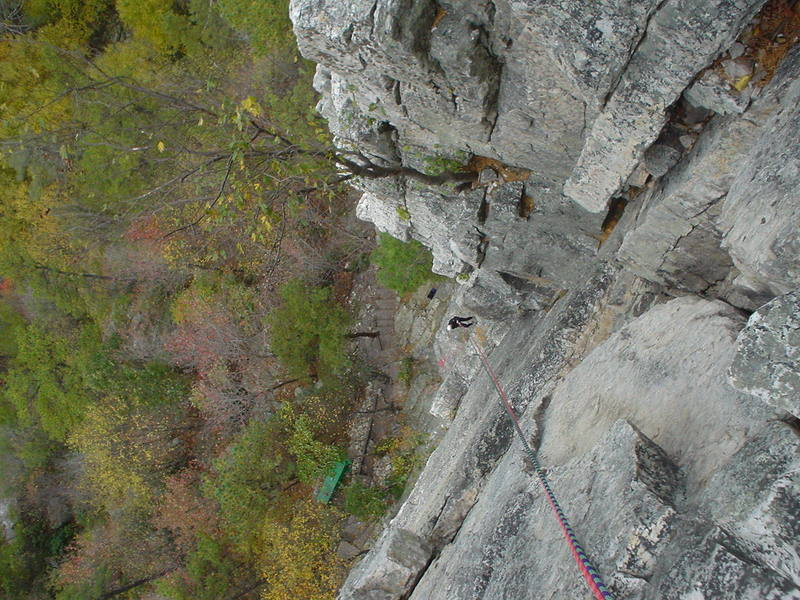 The rope is more or less going down breakneck. The other face is Le Gourmet Direct