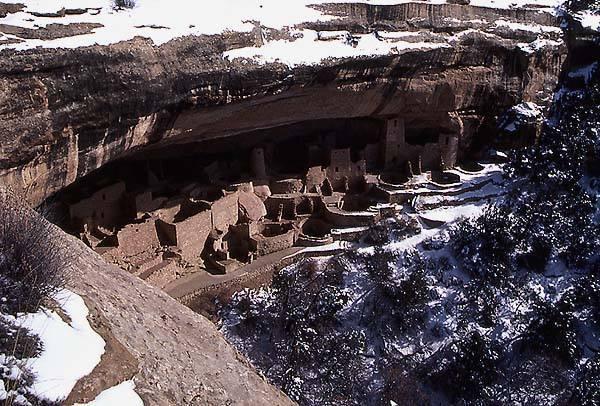 Cliff Castle-Mesa Verde National Park.<br> Photo by Blitzo.