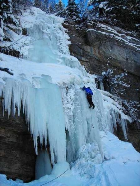 Scott E. leading East Vail Falls in December, 2006.