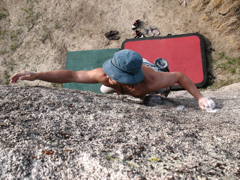Bryan on Black Dot (V3), Culp Valley