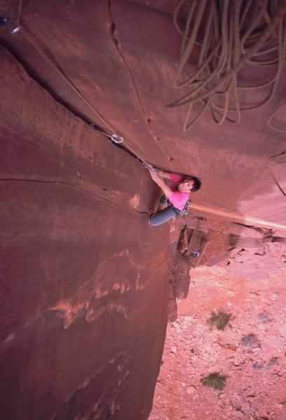 Tony Bubb follows the unnamed 5.11+ corner on the Fin Wall at Indian Creek. Photo by Joseffa Meir, 2/06.