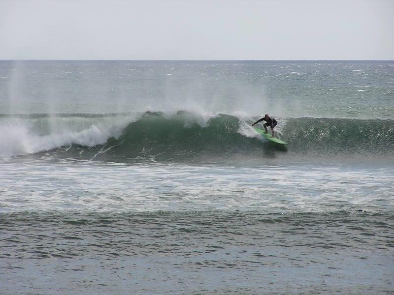 Summer south swell, Surfer Olaf Photo Karen Lang