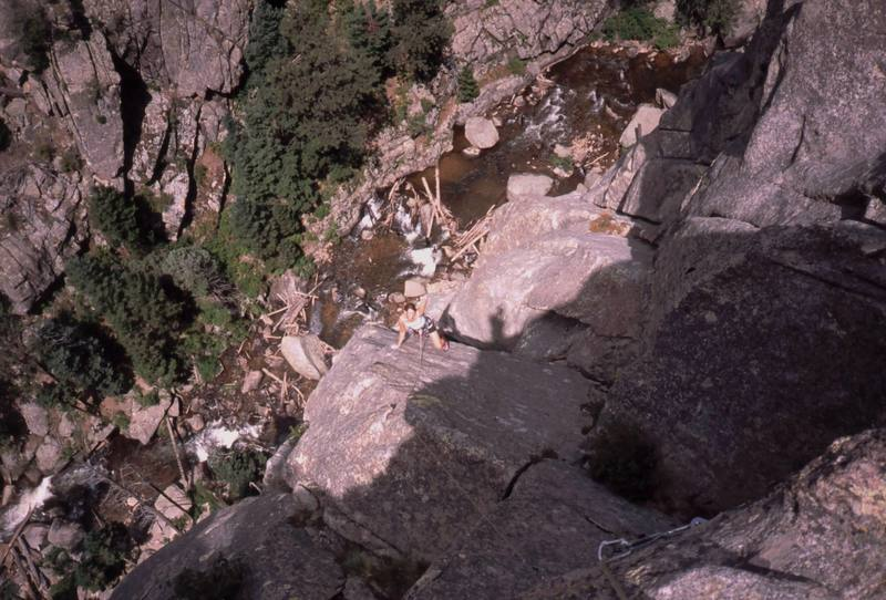 Kre comes up the rounded P3 of 'Autumn (5.11)', on the Lost Angel formation in Dream Canyon. Photo by Tony Bubb, 2005.