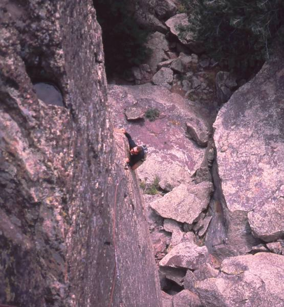 Chris Parks follows up the Arete of 'Irish Spring (5.9+)' before cutting back left to follow the crack and protection. This fantastic line is on the Fiddlehead, in Fern Canyon and it has several equally great neighbors.