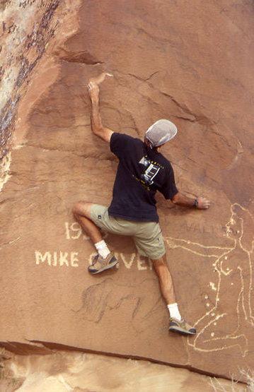 """""""Cowboy"""" pertoglyphs......Photo   Todd Gordon collection"""