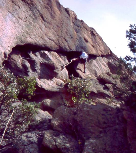 Tony Bubb getting his butt kicked on the higher portion of 'Fist Fight (10+)' on the Twin Owls at Lumpy.<br> <br> Photo by Joseffa Meir, 2005.