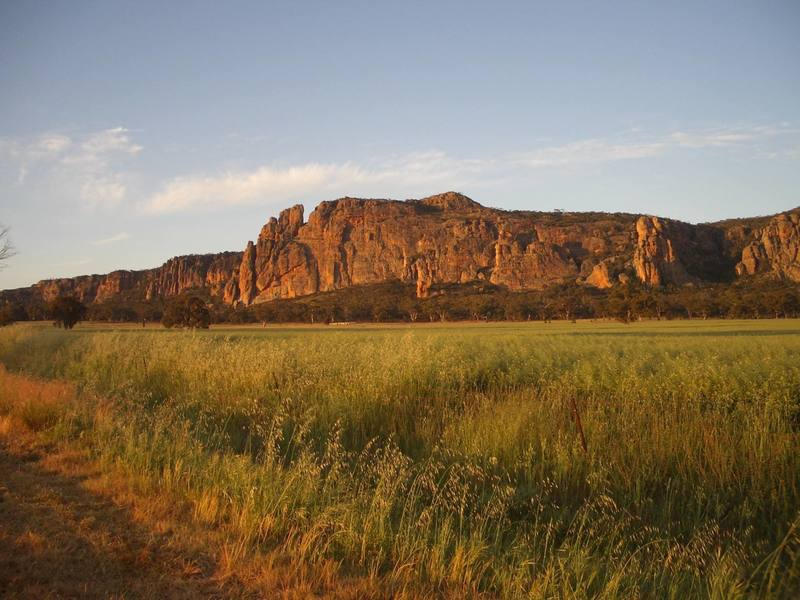 The main cliff of Mt Arapiles