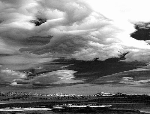 Mono Basin.<br> Photo by Blitzo.
