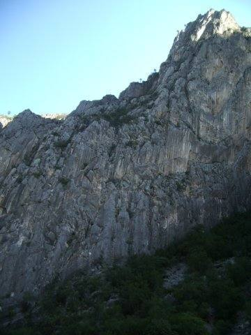 This is the side of the rock fin that Estrellita is on.