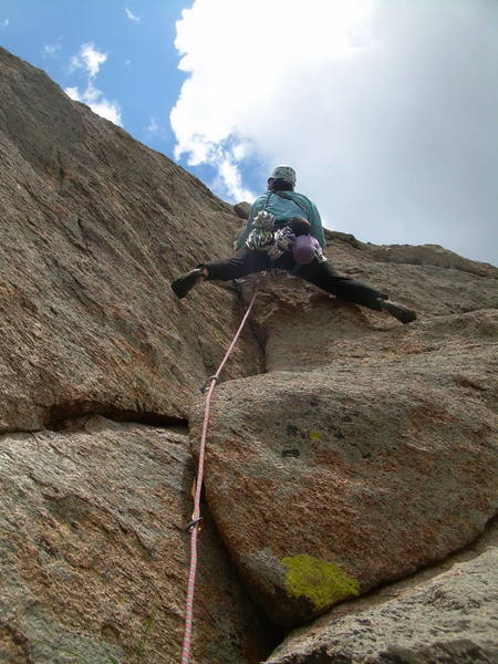 Approaching the crux on P2.