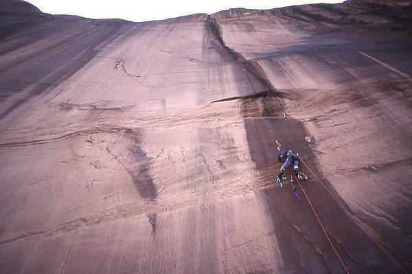 Greg Epperson on pitch 1.<br> Photo by Todd Gordon.