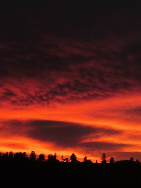 Sunset on the way to Devil's Tower (9/06) - Photo by Lenore Sobota