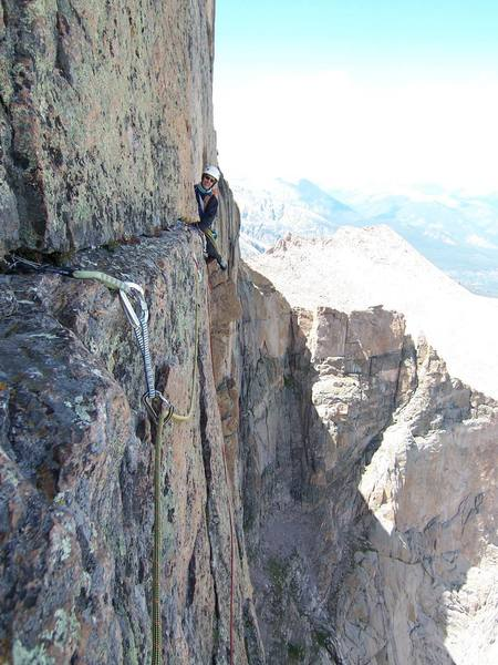 Looking back on the final 5.8+ traverse pitch of the Casual Route...
