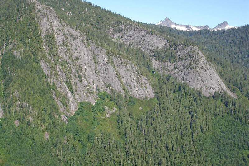Comb Buttress (on left) and Three O'Clock Rock (on right)