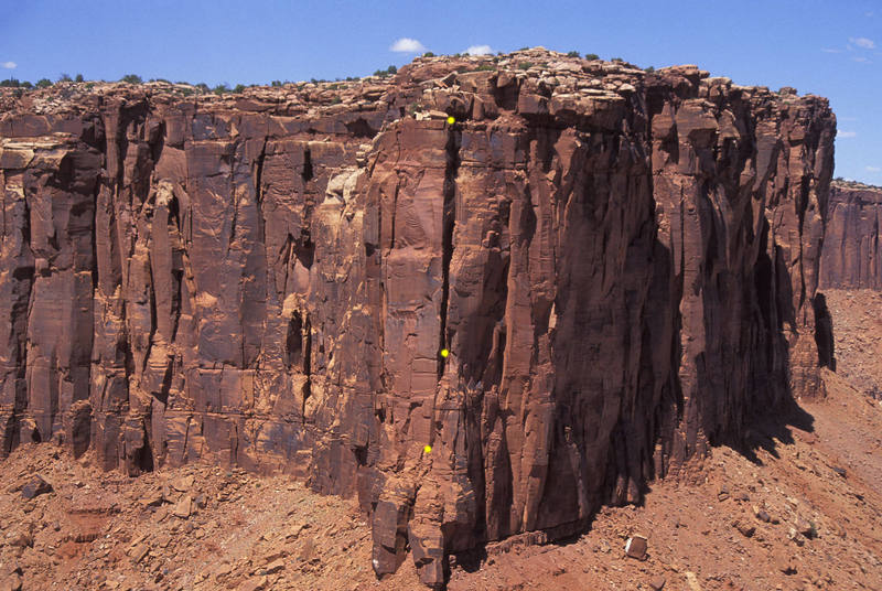 Looking back at the Rim Wall from the summit of Don Juan Spire.<br> <br> The rappel stations are marked in yellow.