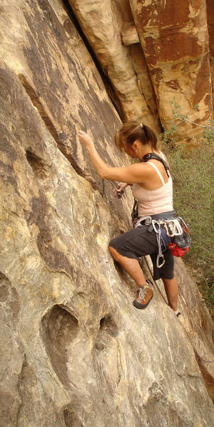 Leisha having fun on her first trad lead. <br> <br> (Taken 9/15/07)